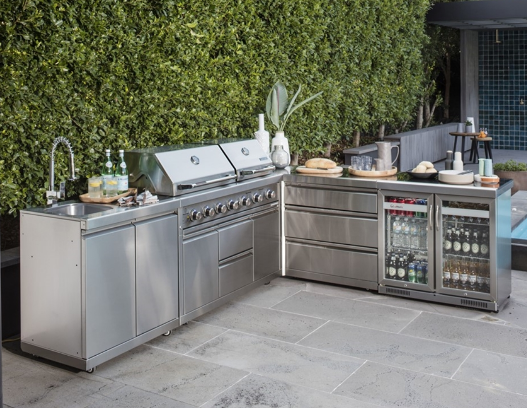 Reason Why You Should Invest In Stainless Steel Outdoor Kitchens ...